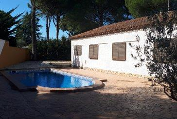 Individual House With Pool At 500m From The Beach